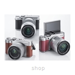 Fujifilm X-A5 Mirrorless Digital Camera with 15-45mm Lens + 32GB